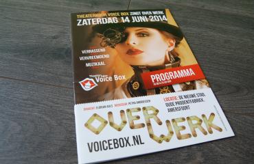 voicebox-theaterkoor-overwerk-brochure@2x